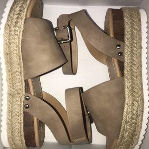 Shoes - Espadrille sandals